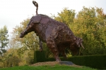 monumental-dancing-bull-150